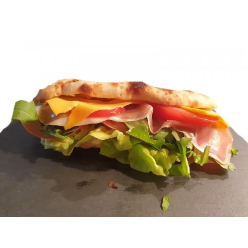Sandwich crudo e rucola